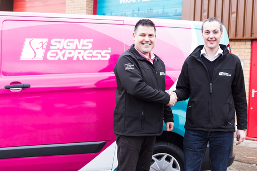 Leading Signs Franchise Opens New Branch in Watford